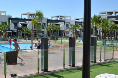 Top floor apartment in Oasis Beach La Zenia 4 Nº 116 in España Casas