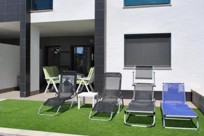 Første etasje leilighet i Oasis Beach La Zenia 4 Nº 077 in España Casas