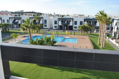 Oasis Beach La Zenia 2 Nº 046 on España Casas